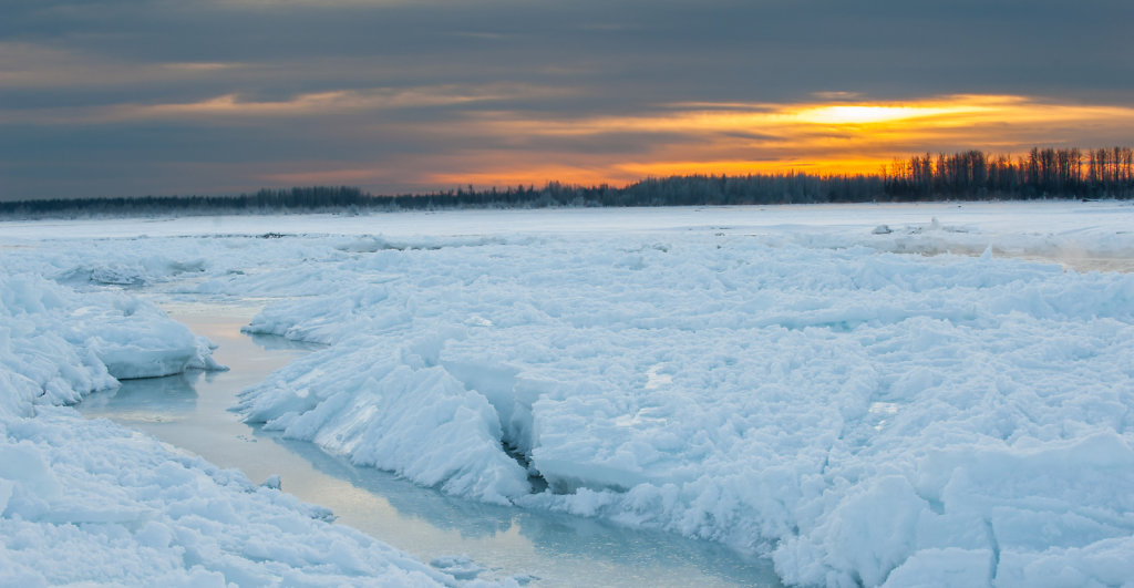 Frozen Susitna River near Talkeetna
